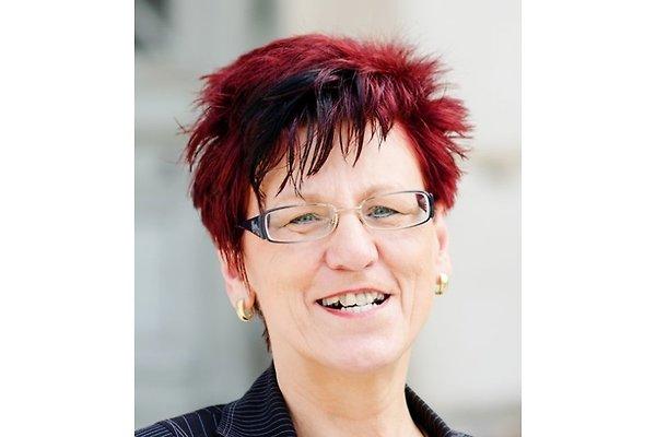 Frau M. Hempel