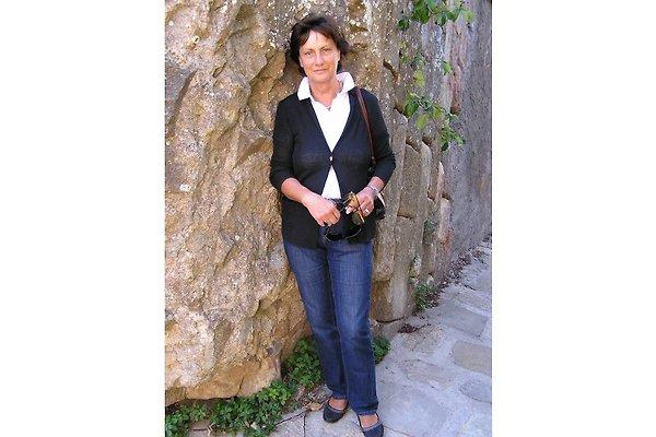 Frau B. Siemer