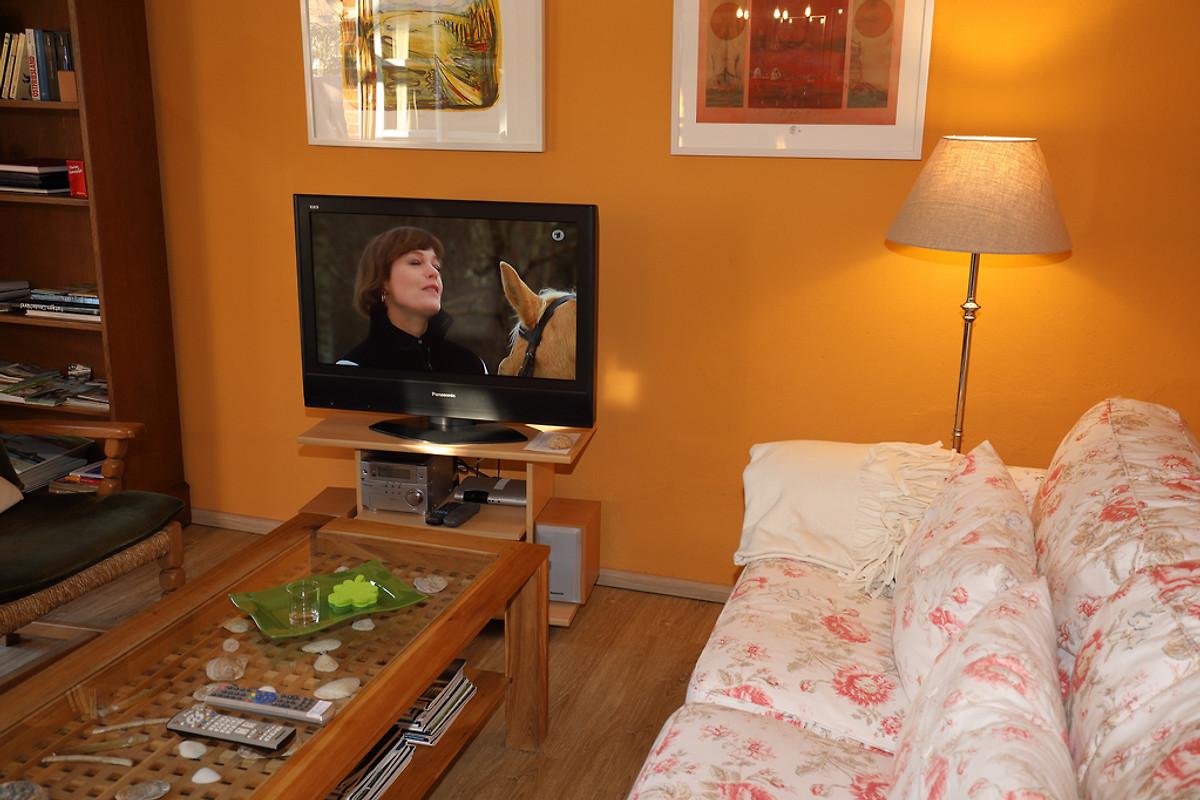 loppersum haus am tief 4 sterne ferienwohnung in hinte. Black Bedroom Furniture Sets. Home Design Ideas