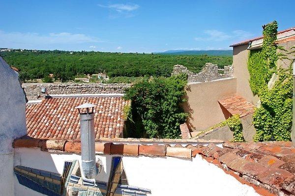 Paradisiaque maison de village à Regusse - Image 1