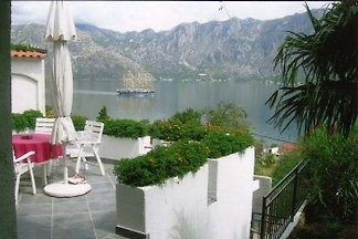 Private home in quiet area of Prcanj, Kotor Bay
