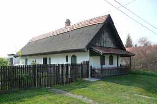 Maison de vacances à Sarud - Image 1