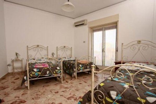 Sunflower Holiday Home in Catania - immagine 1