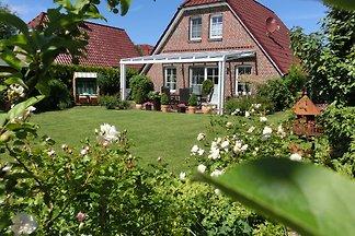 TOP-Ferienhaus  mit großem Garten