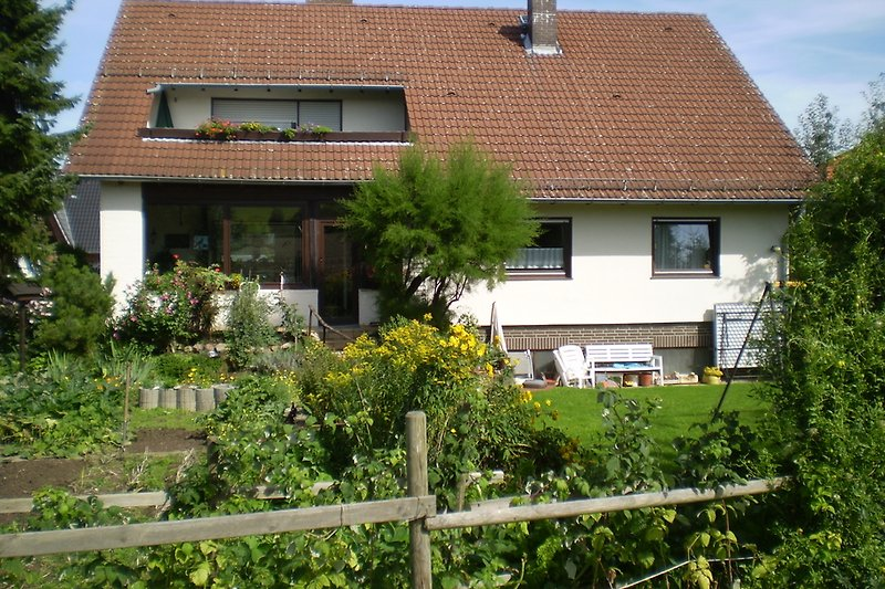 Haus - Ansicht vom Garten