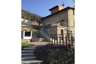 Castello di Casa Mary Brenzone
