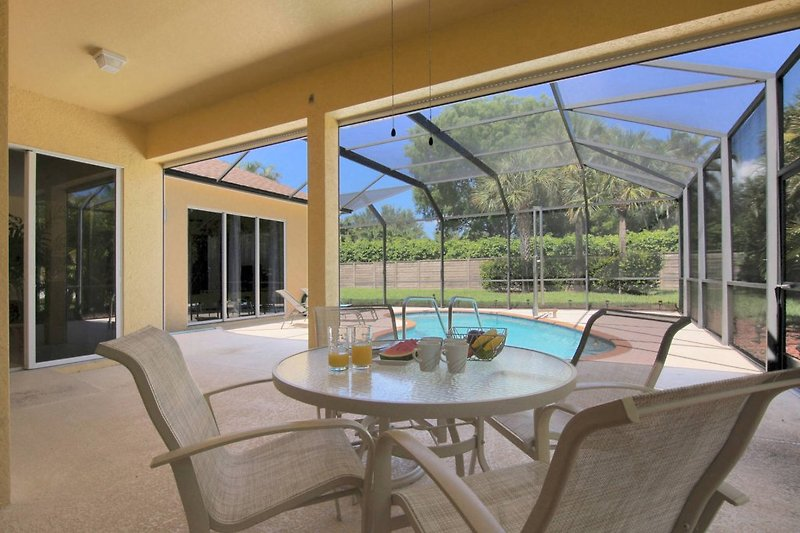 villa harmony ferienhaus in fort myers mieten. Black Bedroom Furniture Sets. Home Design Ideas