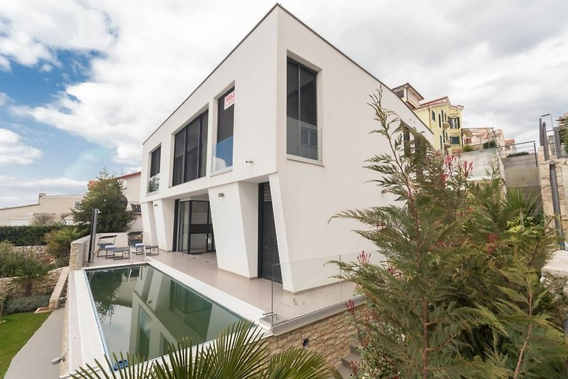 Ferienhaus mit Pool Island Beauty 2