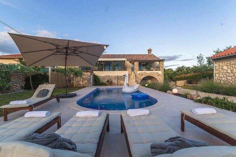 Villa mit Pool Aphtodite