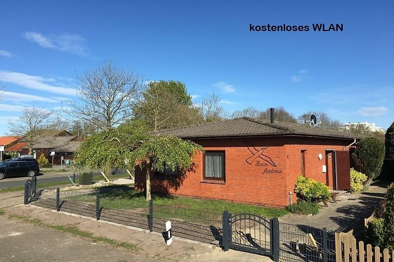 eingezäuntes Ferienhaus in Horumersiel-Schillig
