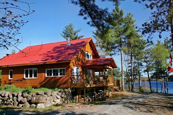 Dean Lake Cottage