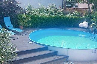 Ferienhaus mit Pool bei Berlin