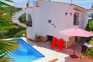 House for 2-7 people - dead end - 850 meters from the beach