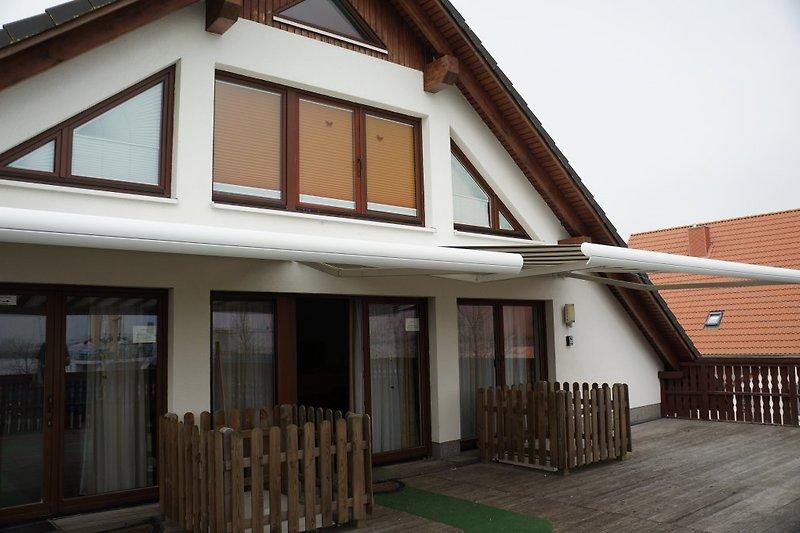 haus warnowblick ferienhaus in rostock mieten. Black Bedroom Furniture Sets. Home Design Ideas