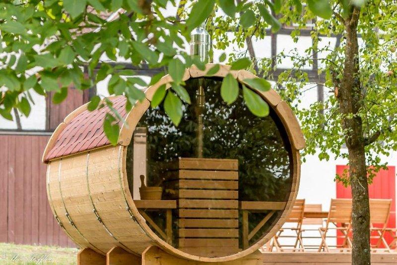 Fasssauna im Privat-Garten!