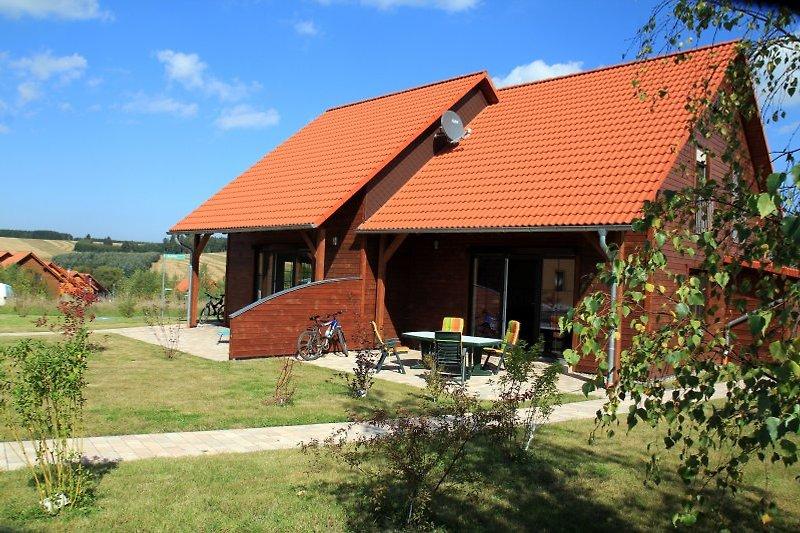 Ferienhaus mit teilüberdachter Süd-Terrasse