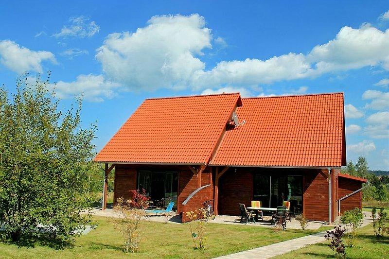 Ferienhaus mit Süd-Terrasse und Garten