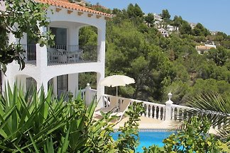 Villa Altea - with pool & sea view