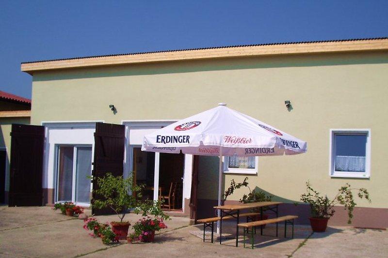 Ferienhaus 2 im Hof mit Hofterrasse