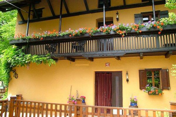 Charming Slovenian Farmhouse en Kamno - imágen 1