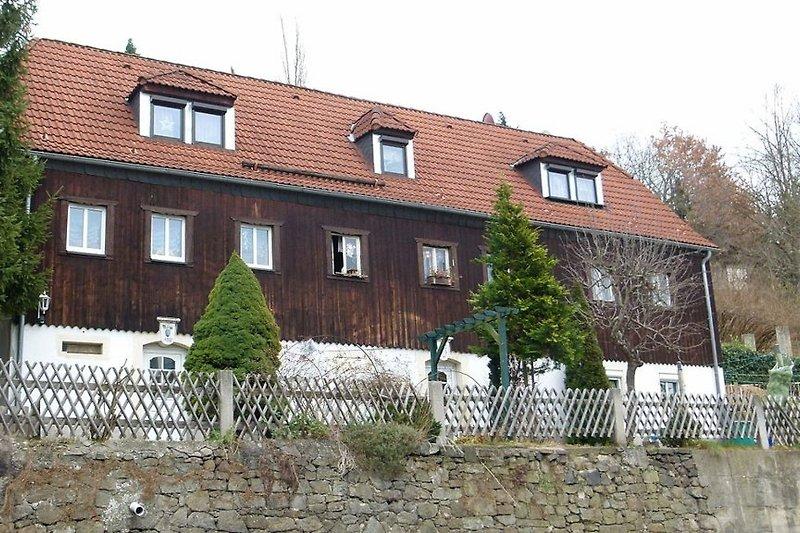 Das Winzerhaus am Elberadweg - erbaut 1808