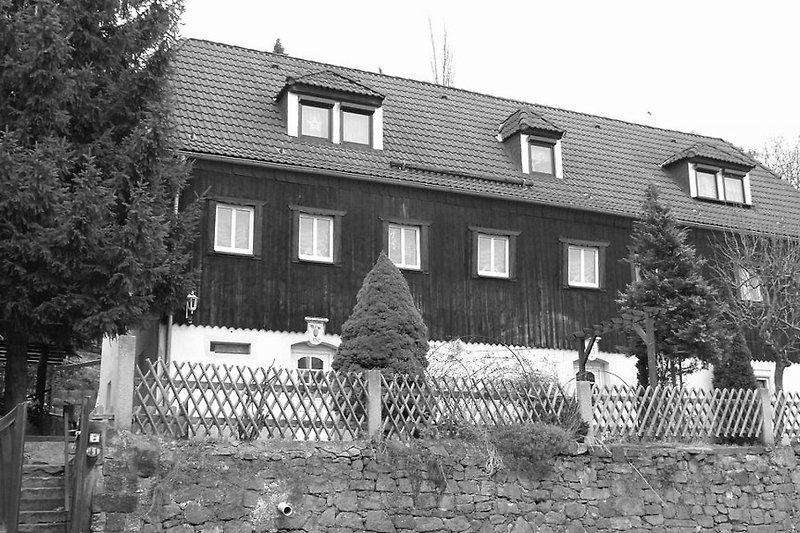 Das Winzerhaus - 1808 erbaut, eines der ältesten Häuser am Platz