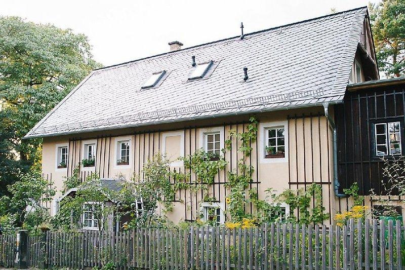 Das Winzerhaus Oberloschwitz - erbaut 1848